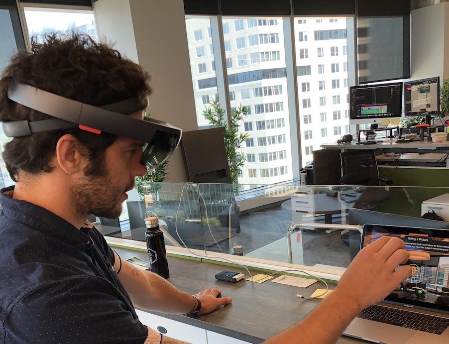 Augmented Reality Prototyping Tools for Head-Mounted Displays